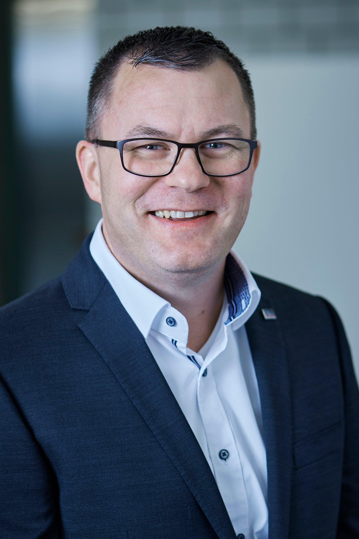 Dominik Schwägli_business_2